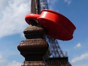 Как уехать во Францию на ПМЖ