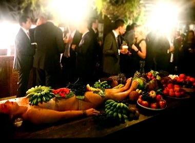 dinner-off-nude-model-1