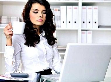 How Much Ukrainian Women Earn in 2016
