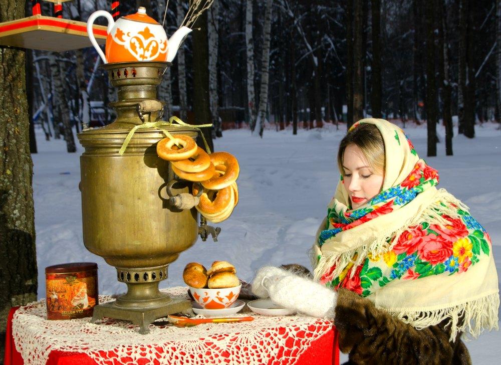 Русская девушка, женщина.