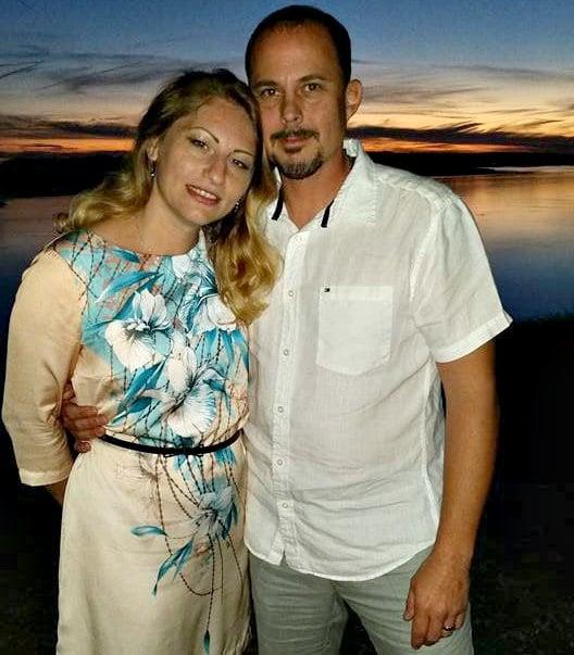 Анна и Крис познакомились на сайте Elena's Models.