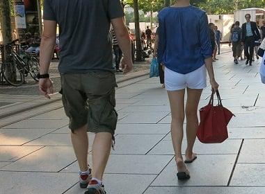 shopping-with-Russian-women