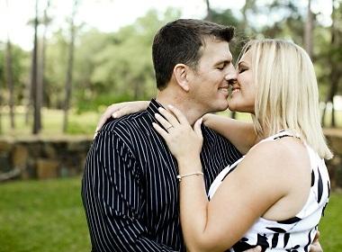 При знакомстве парень говорит о сексе секс знакомства сургут хмао