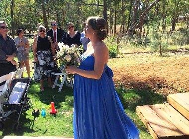 Роды на свадьбе.