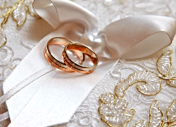 How Russian wedding rings are worn? Big surprise | EM