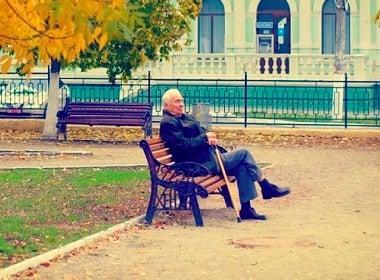 How many retirees are in Ukraine? Why so few Ukrainian men live to retirement