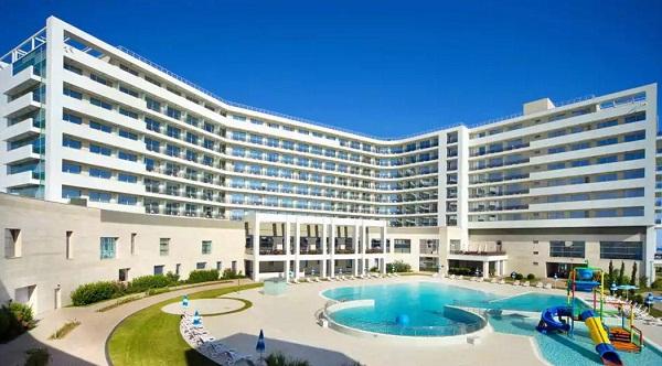 Radisson Blu Resort & Congress Centre.