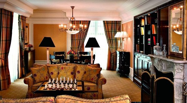 Ritz-Carlton.