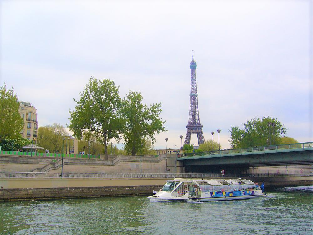 Символ Франции – Эйфелева башня