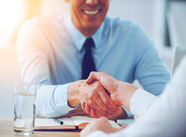 Guys with stronger handshake are more likely to be married